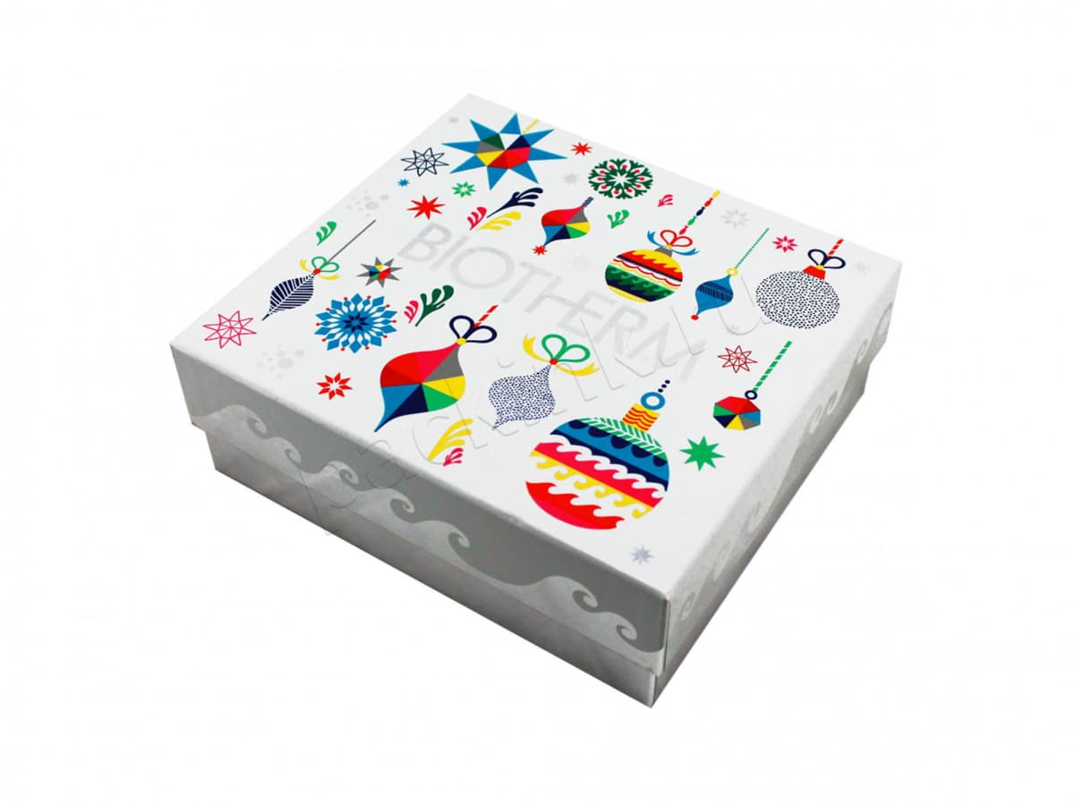 Коробка для подарочного набора косметики